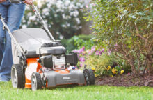 Top Rated Husqvarna Lawn Mowers – From Walk-behind to Robotic Mowers you will find all here!